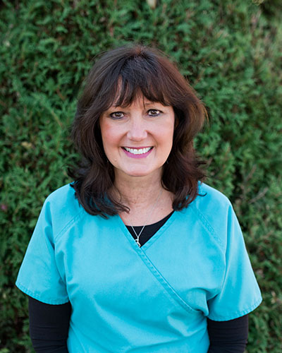 Photo of dental assistant, Tammy.